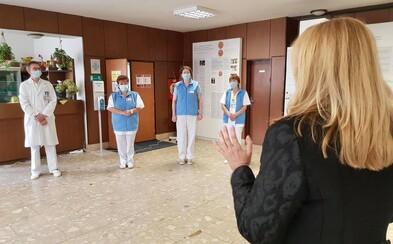 Zuzana Čaputová: Situácia začína byť hraničná, nemocnice robia, čo môžu, o dva týždne možno nebudú situáciu zvládať