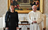Zuzana Čaputová z Vatikánu: Pápež František odkazuje Slovensku, aby bojovalo a vydržalo