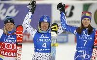 Zuzulová prvá, Vlhová tretia! Oslavujeme historický moment, kedy má Slovensko na stupni víťazov hneď dve lyžiarky
