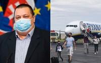 Zváž cestovanie do zahraničia a veľké oslavy. Úrad verejného zdravotníctva Slovenskej republiky dvíha varovný prst