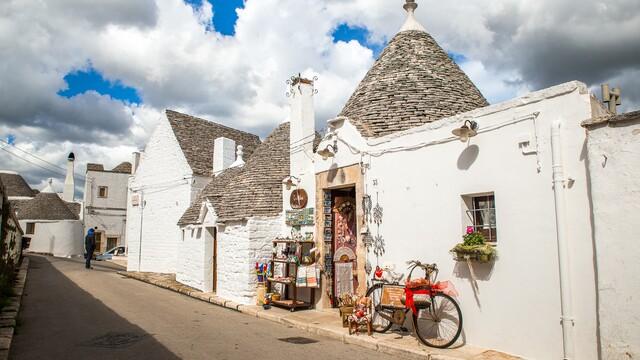 Alberobello – talianska cesta do rozprávky  s domčekmi Trulli, pamiatka UNESCO