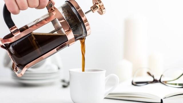 Cestou do práce na ranné espresso. Ktoré kaviarne vstávajú s ľudmi?