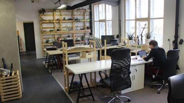 Ateliér coworking - od starého skladu po útulný priestor ... 2.časť