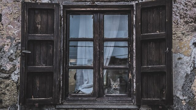 6. Dom, čo páchol ako samota