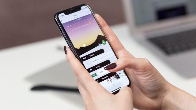 """Ako hodnotia """"lacnejší"""" iPhone v zahraničí?"""