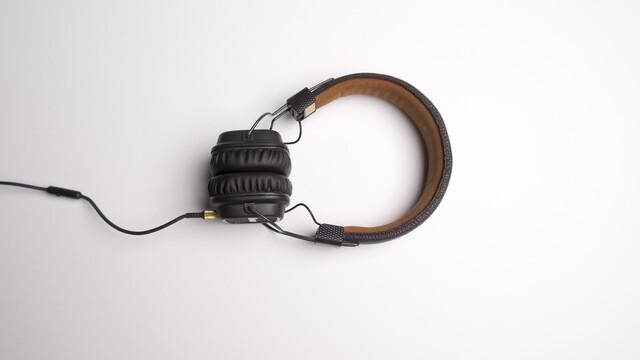 Jaká sluchátka vybrat na sport, cestování nebo hraní her? Přinášíme několik tipů, které vám určitě pomohou