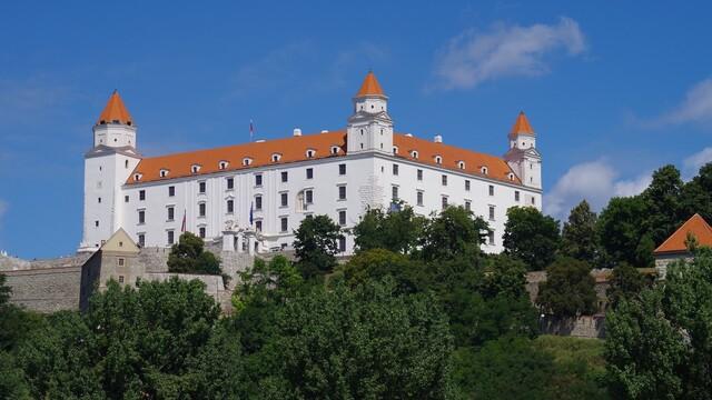 Medzi slovenským syrom a Bratislavským hradom