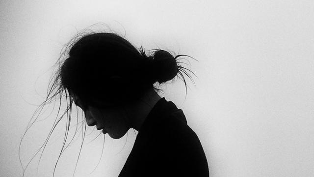 Aký je rozdiel medzi depresiou a smútkom?