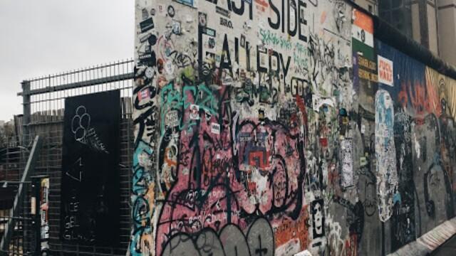 Sama v Berlíne deň 3. - berlínske umenie