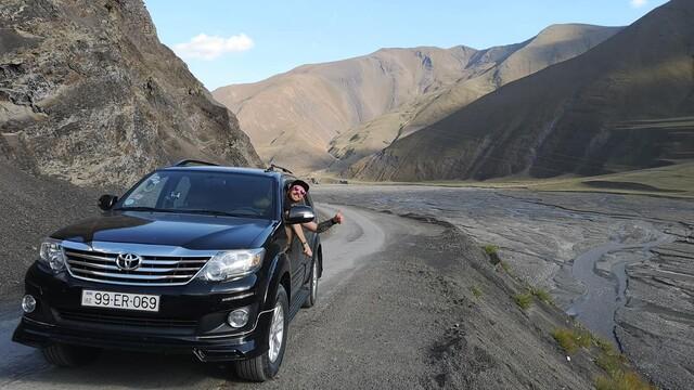 S Vix&Trips na ceste Kaukazom: Azerbajdžan