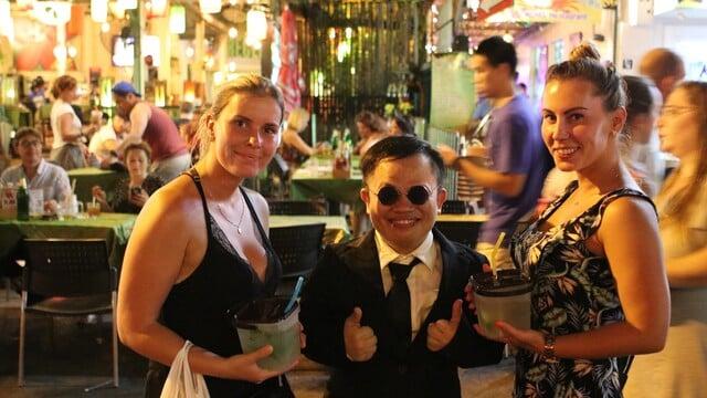 Ako na pankáča natočiť klip v Bangkoku za 500 €