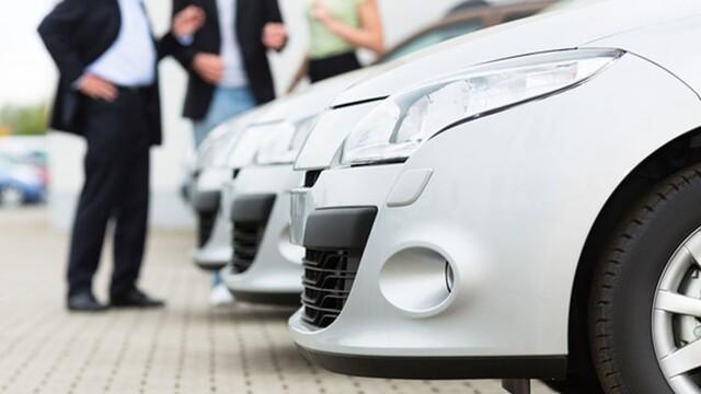 Na rovinu: Koľko stojí prevádzkovanie auta?