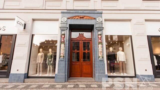 Luxusní život na luxusní Pařížské ulici. Nahlédněte do bytu pro ty nejnáročnější