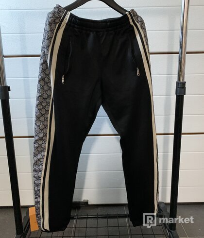 Gucci Oversize technical jersey jogging pants
