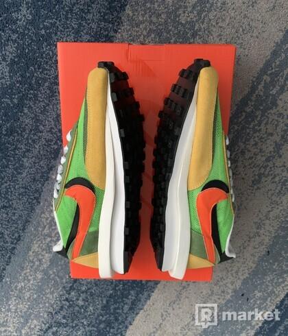 Nike X Sacai Waffle Green Gusto