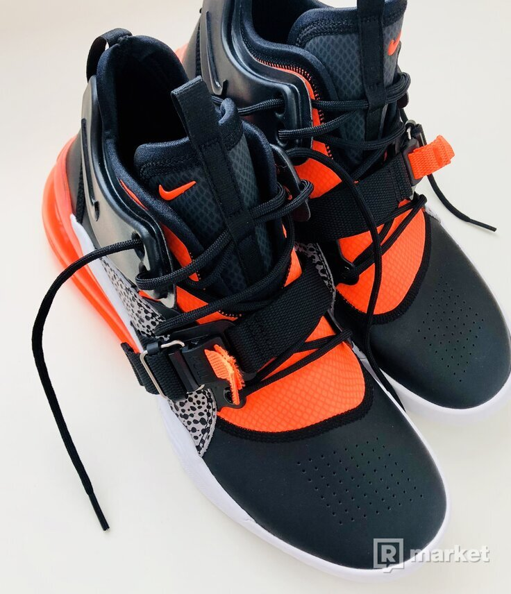 New Nike Air Force 270; 9,5 US 8,5 UK 43 EUR 27,5CM