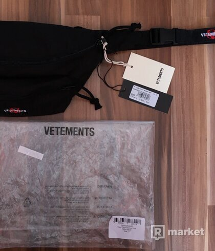 Vetements Eastpak Anarchy Waist Bag