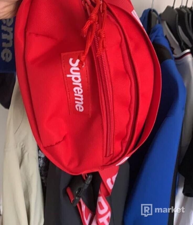 Supreme waistbag