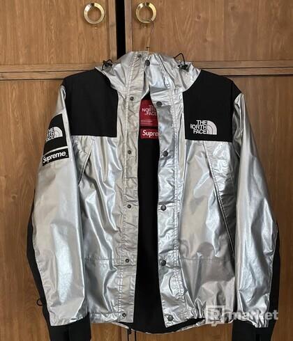Supreme x Tnf metallic jacket