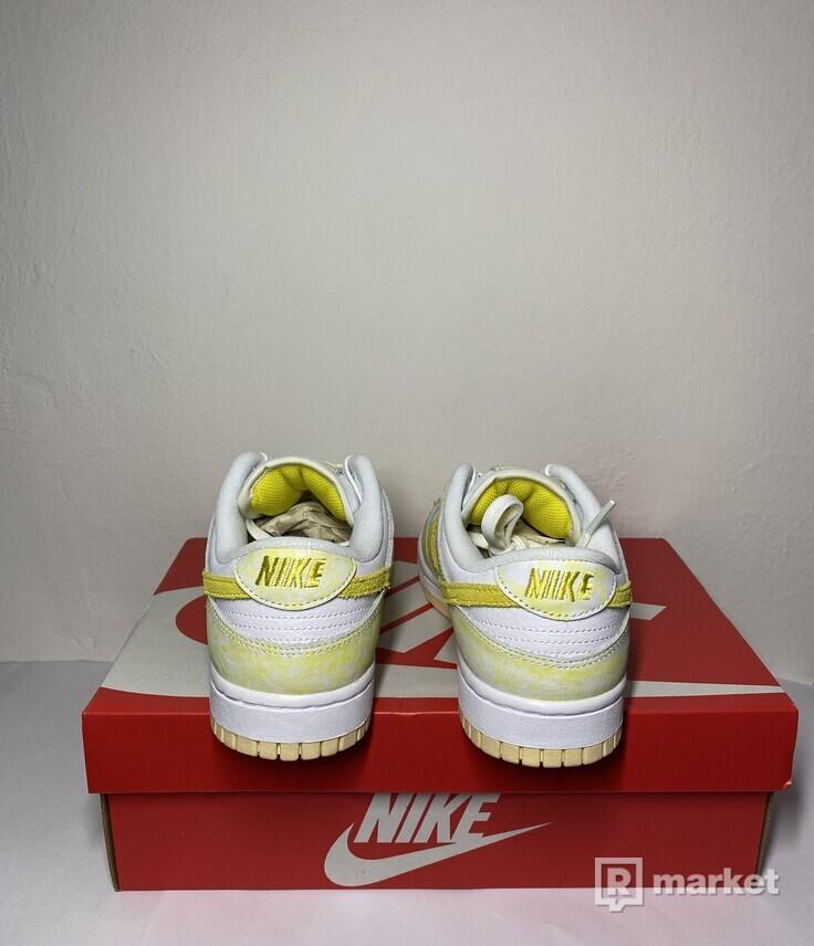 Nike dunk low lemon yellow
