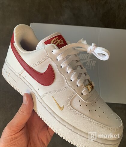 Nike Air Force 1 Essentials