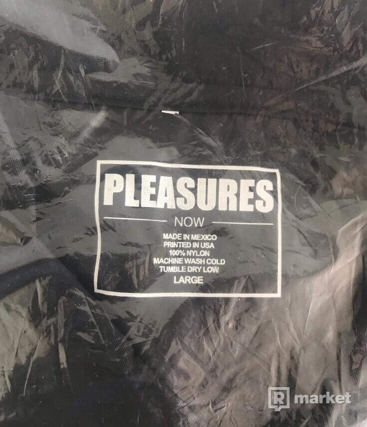 Pleasures coach jacket
