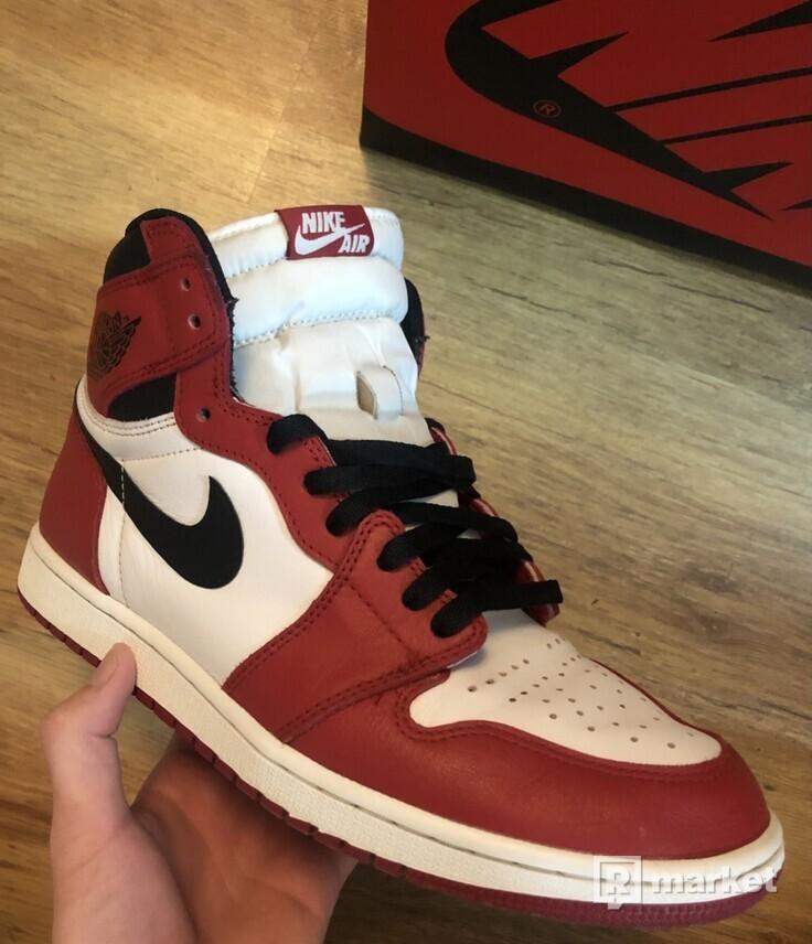 Air Jordan 1 High OG Chicago