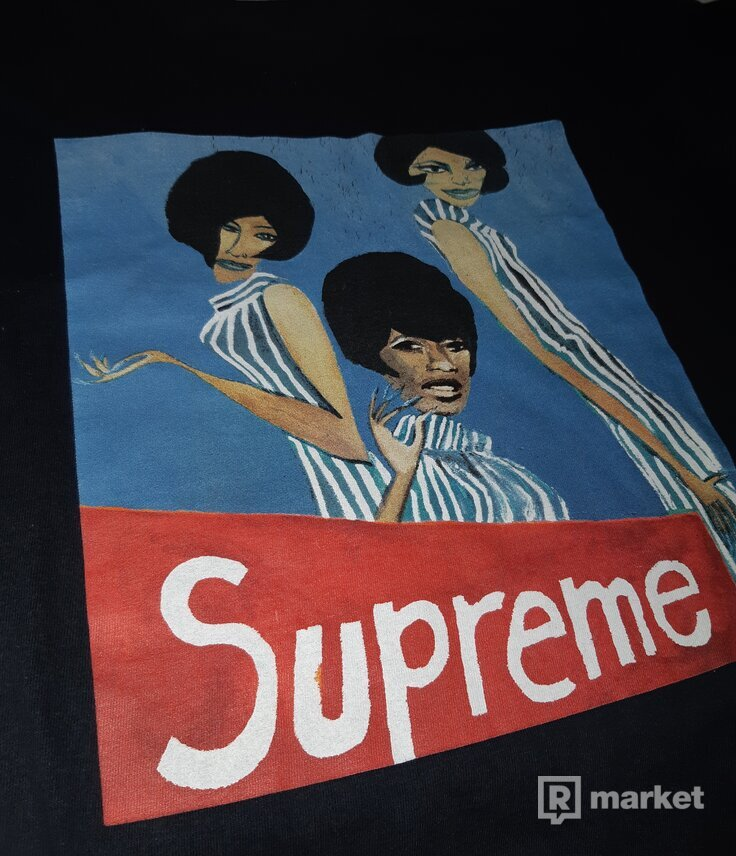Supreme Group Tee