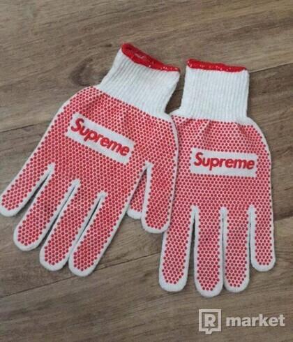 supreme glove