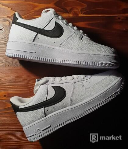 Nike Air Force 1 Low Black Swoosh EU39