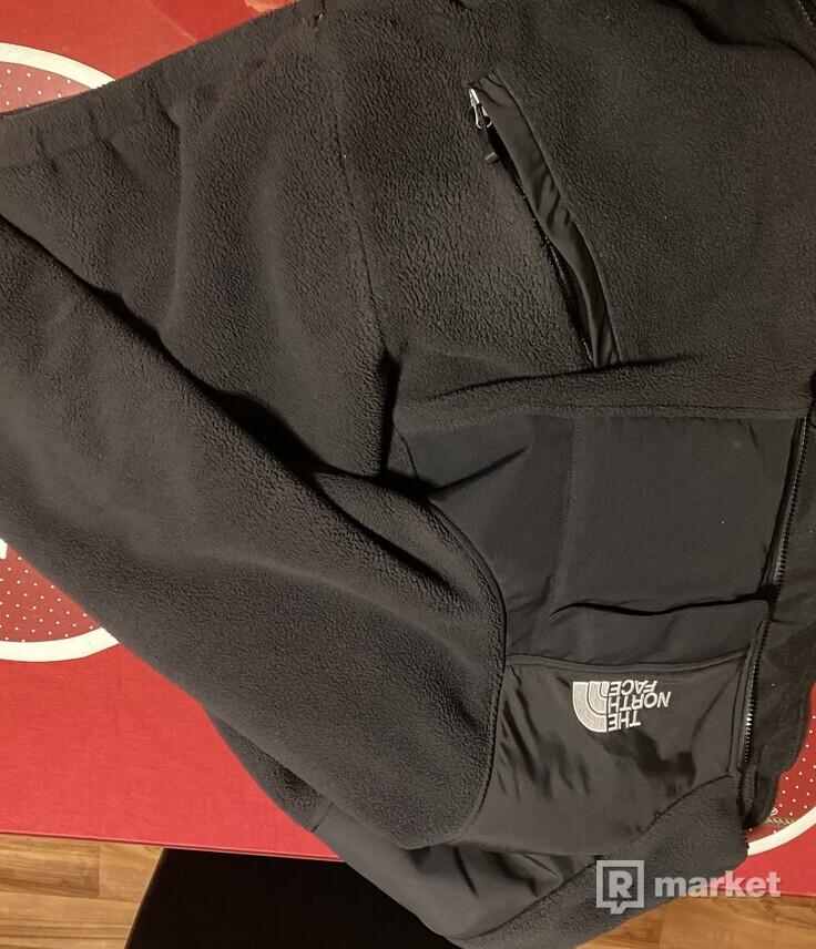 Supreme x tnf fleece jacket