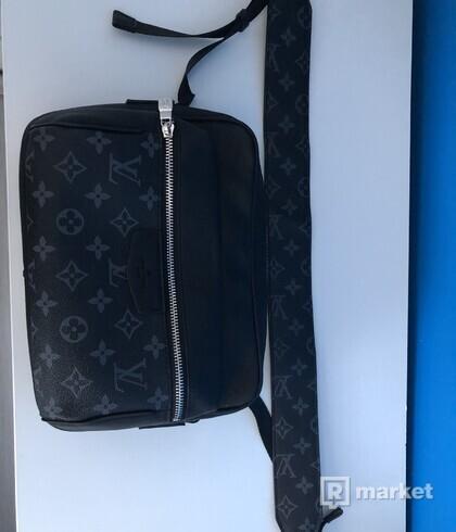 Outdoor boombag/ crossbody bag