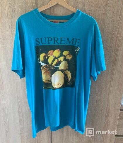 Supreme tee