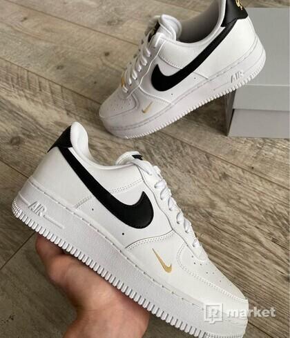 Nike Air Force 1 Essential