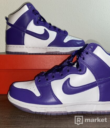 Niek dunk varsity purple