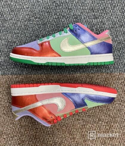 Nike Dunk Easter
