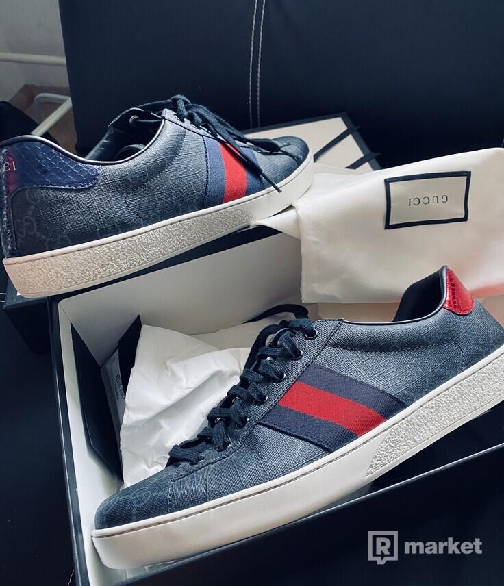 gucci aces new supreme sneaker