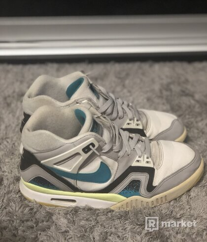 Nike Air Tech Challange ll