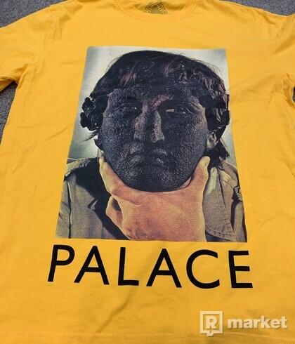 Palace tee