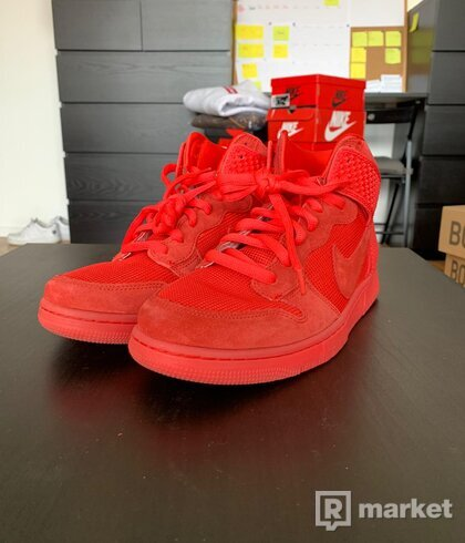 Nike Dunk High Red October