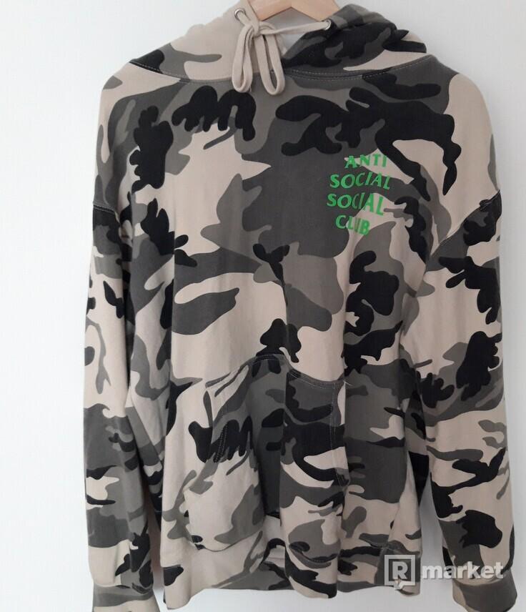 Assc camo hoodie