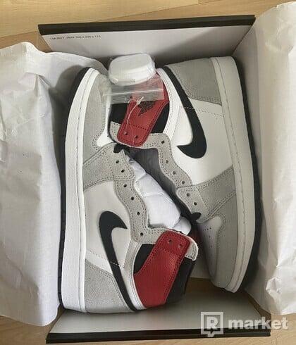 Nike Air Jordan 1 Smoke Grey