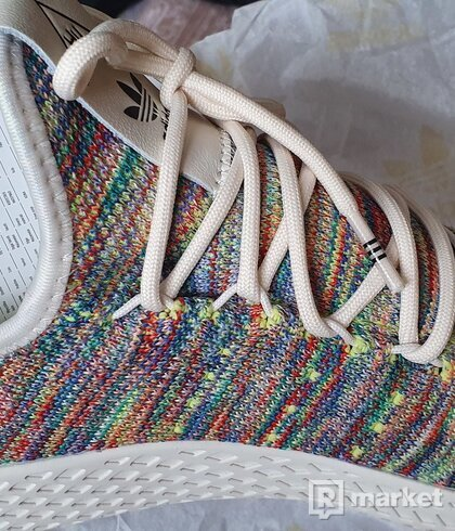 Adidas Pharell Tennis HU Primeknit Pride