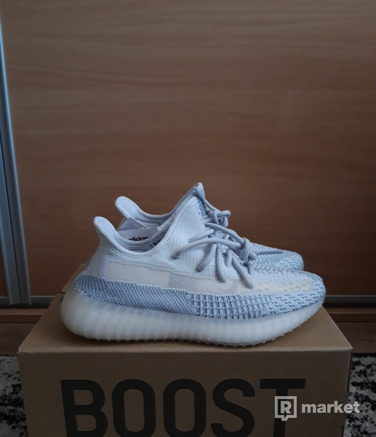 Yeezy 350 Cloud White