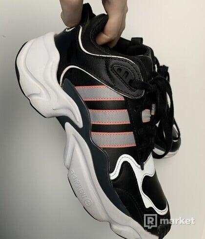 Adidas Magmur Runner W