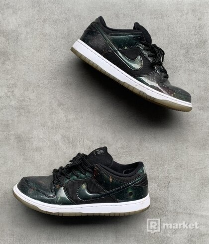 Nike SB Dunk Low ''Galaxy''