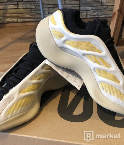 Adidas Yeezy Safflower