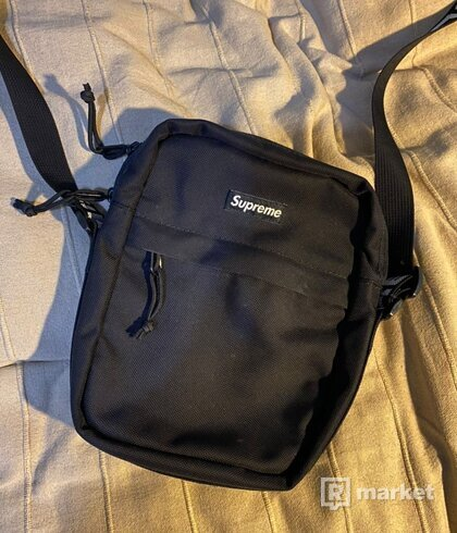 Supreme bag ss18