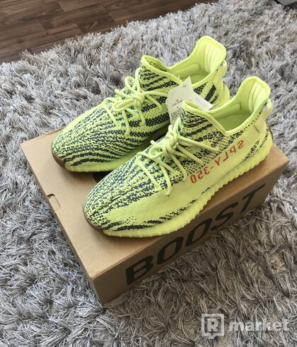 Yeezy Boost 350 frozen yellow US 11,5