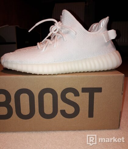 Adidas yeezy 44 2/3 triple white